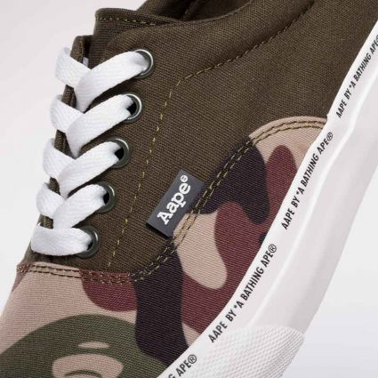 AAPE by A Bathing Ape Lace Shoes Green (Multi)