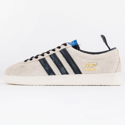 Adidas Gazelle Vintage Cream White/Core Black/Blue1