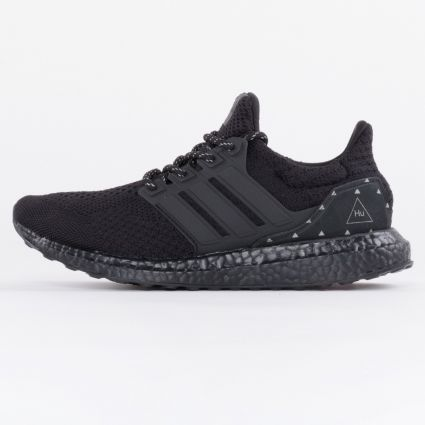 adidas Originals x Pharrell Williams Ultraboost DNA Core Black/Core Black/Core Black1