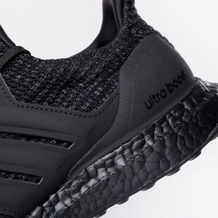 Adidas Ultraboost 4.0 DNA Core Black/Core Black/Active Red