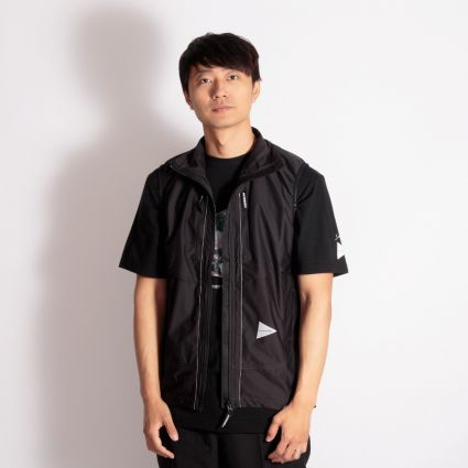 and wander Raschel Ripstop Vest Black