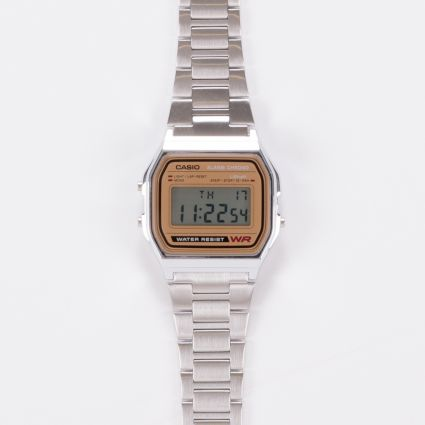 Casio A158WEA-9EF Retro Alarm Chrono WCasio A158WEA-9EF Retro Alarm Chrono Watch Silver/Gold
