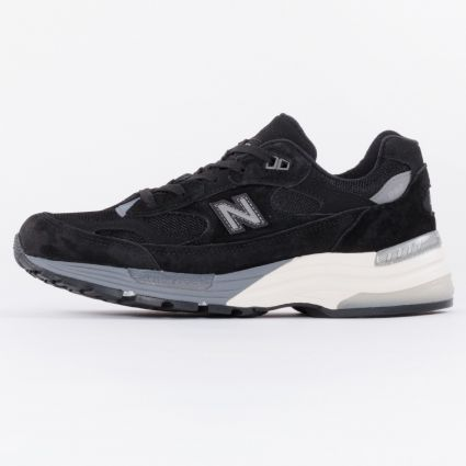 New Balance 992 Made in USA Black1