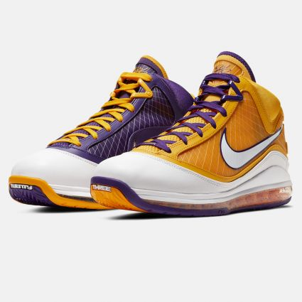 Nike LeBron 7 'Lakers' Court Purple/White-Amarillo CW2300-500
