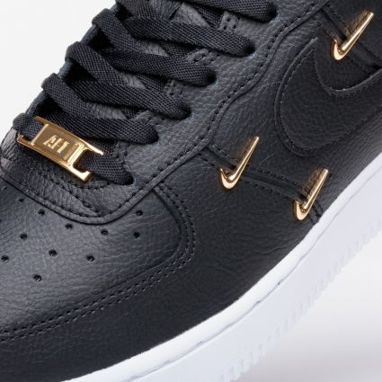 Nike Wmns Air Force 1 07 LX Black/Black-Metallic Gold-Hyper Royal