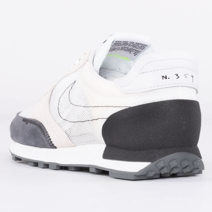 Nike DBreak-Type Summit White/Black-Light Orewood Brown