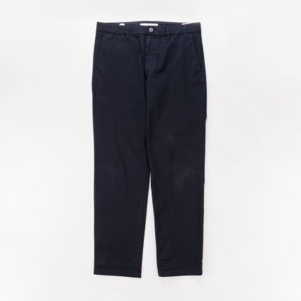Norse Projects Aros Regular Light Stretch Trousers Dark Navy1