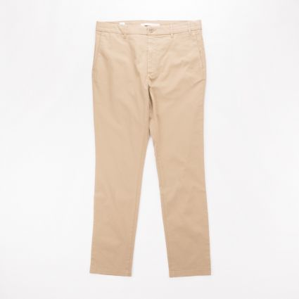 Norse Projects Aros Slim Light Stretch Trouser Utility Khaki1