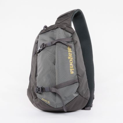 Patagonia Atom Sling 8L Forge Grey/Textile Green1