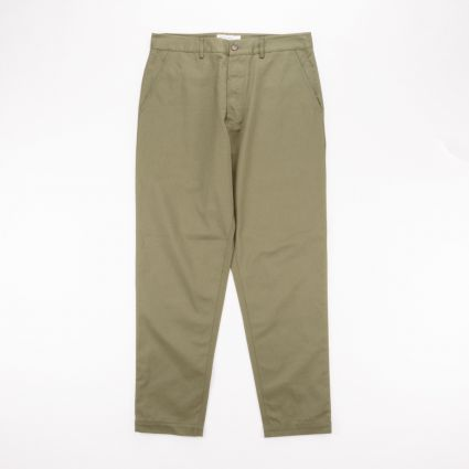 Universal Works Military Chino Light Olive1