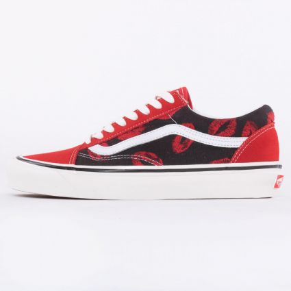 Vans UA Old Skool 36 DX Anaheim Factory Red/Hot Lips1