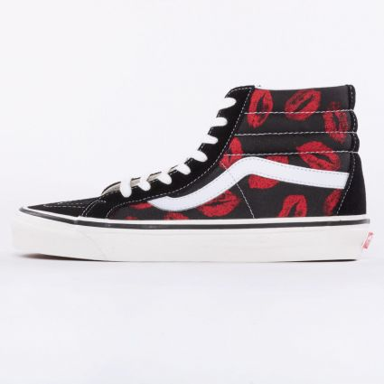 Vans UA SK8-Hi 38 DX Anaheim Factory Black/Hot Lips1